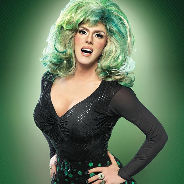 HEDDA LETTUCE LIVE TUESDAY SEPT 4th, SUNDAY SEPT 9th and TUEADAY SEPT 11th 9:30 pm.  only at Cherry's On The Bay. #cherrygrovefireisland 🏖🔥🌴Photo by @manufotomanu serious retouching done by @coreyolin  #heddalettuce #hedda #heddalettucenyc #dragqueen #dragshow #fireisland #fireislandpines #cherrygrove #comedy #iretouch