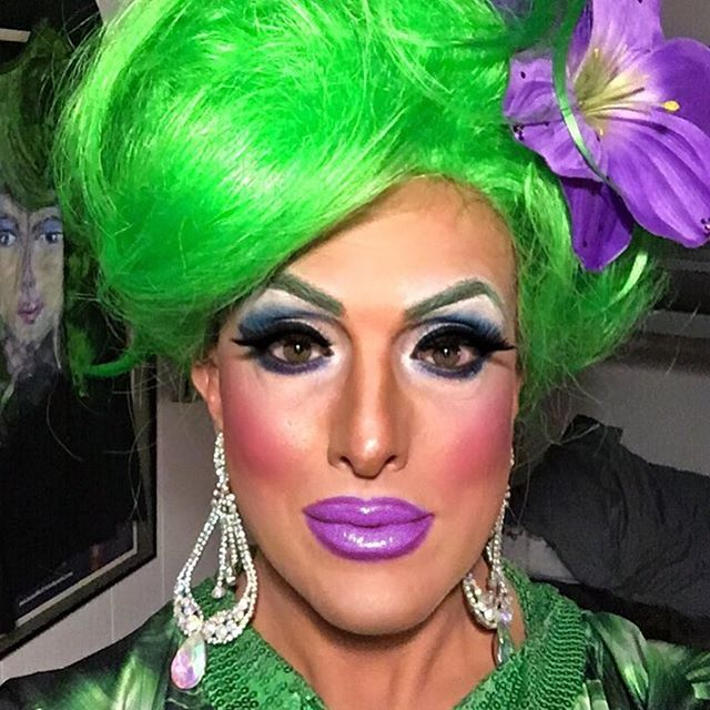 Today I am feeling a bit off. Strange dreams last night, a few poor decisions and a lack of focus and discipline have added to this. Thank god I have good bone structure, or else it would be overwhelming. . . . #bonestructure #hedda #heddalettuce #heddalettucenyc #dragqueen #discipline  #overwhelmed #focus