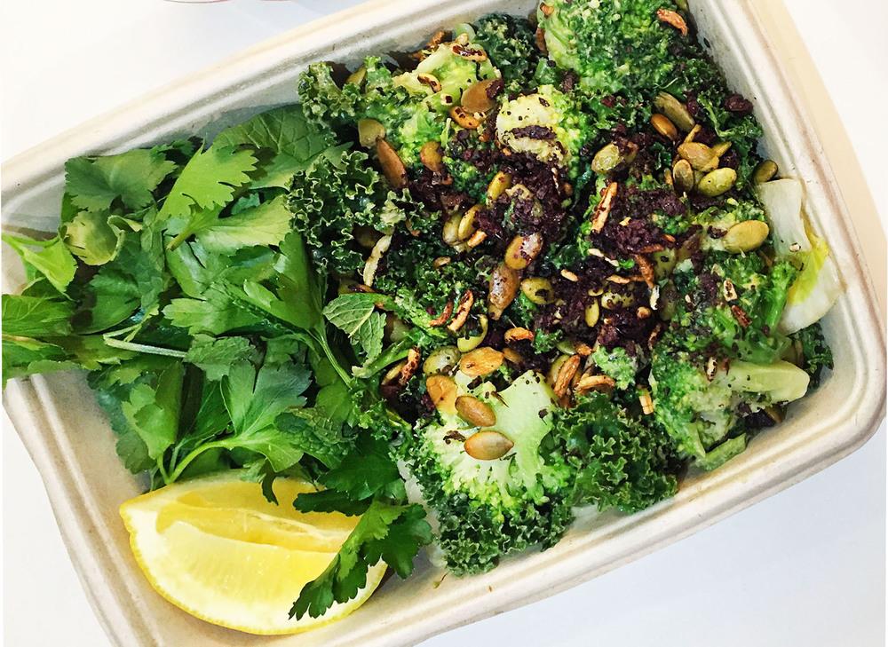 Green chopped salad, photo credit: @the_food_perv