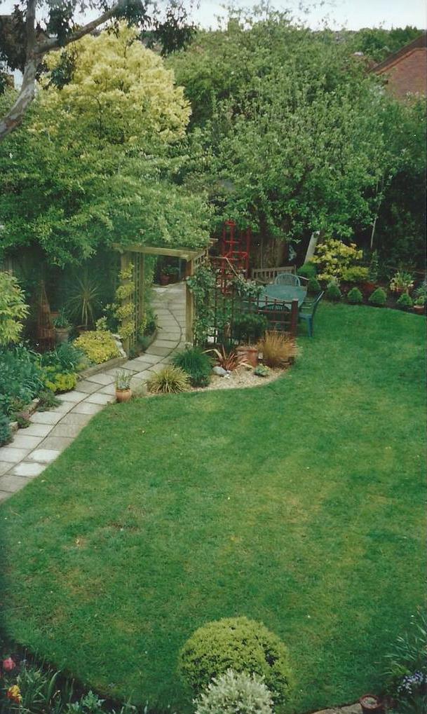 My+garden+2001.jpeg