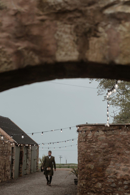 cowshed-barn-wedding-crail-26.jpg