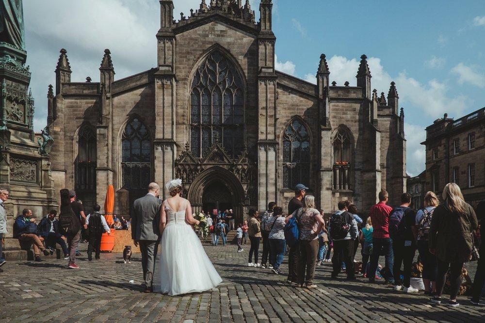 Angela___Andy_s_Edinburgh_elopement_by_Barry_Forshaw_0304.jpg