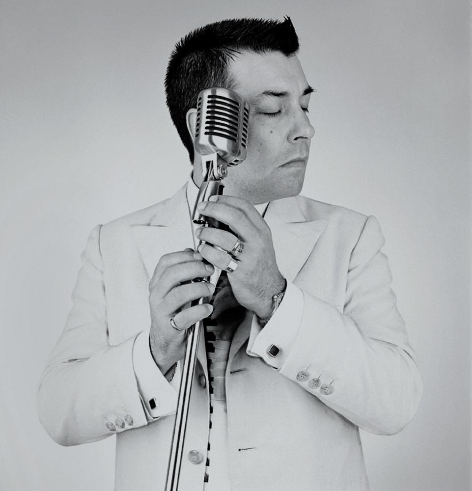 a7 Adrián Otero, cantante.jpg