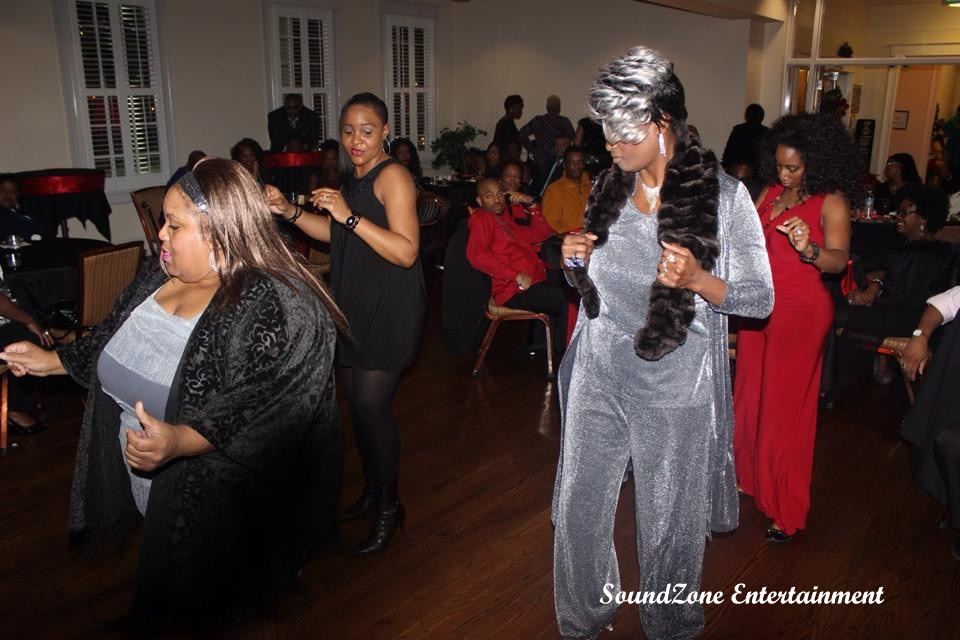 SoundZone Entertainment - Holiday Party 3