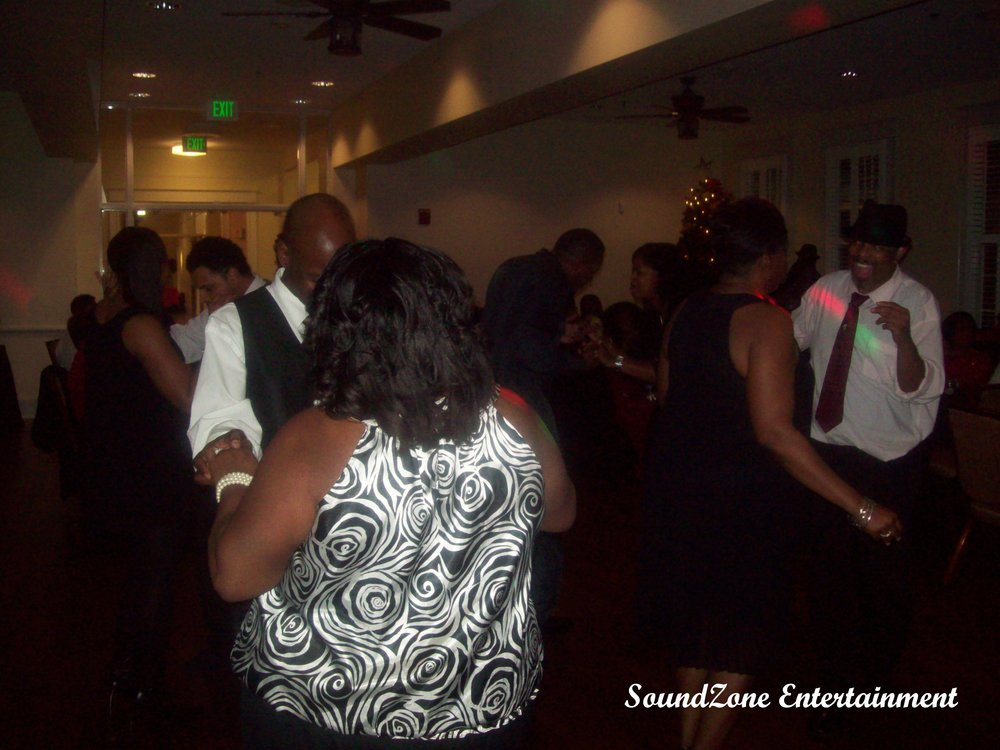 SoundZone Entertainment - Holiday Party 9