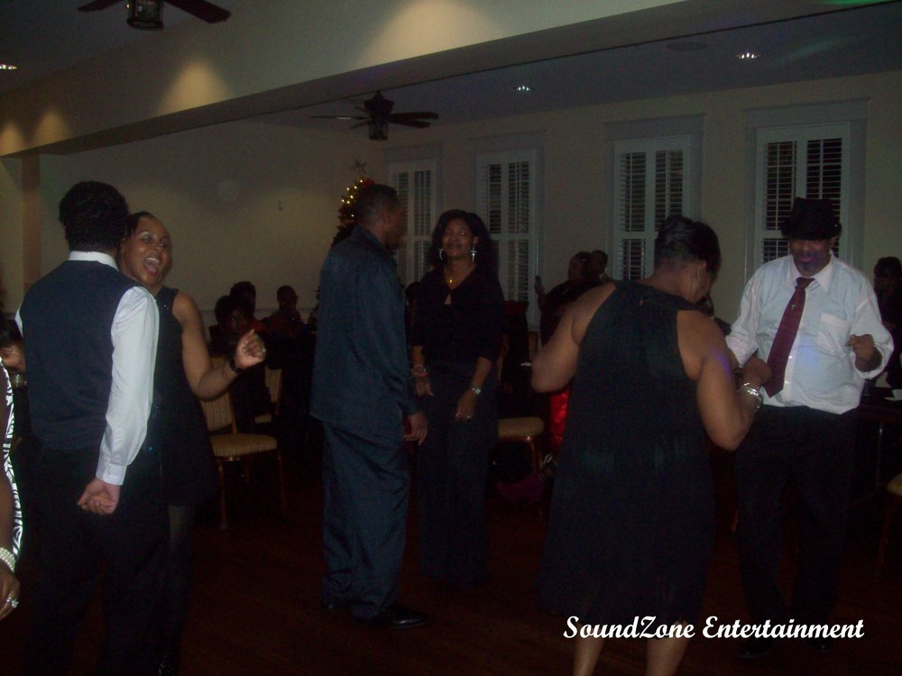 SoundZone Entertainment - Holiday Party 10
