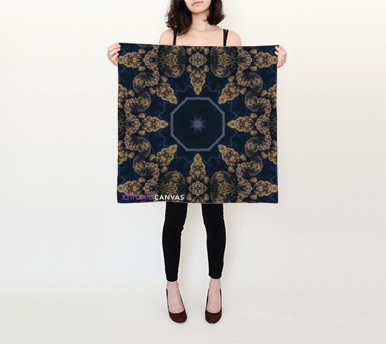 dark-buds-scarf.png