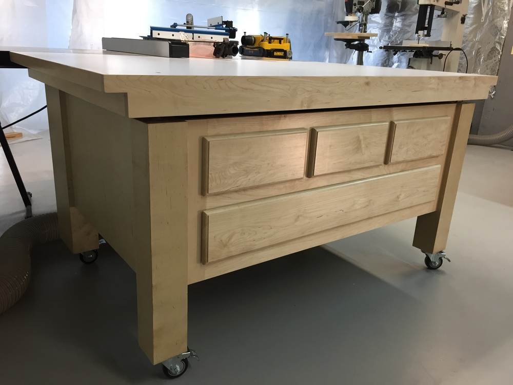 Brent Bell's Awesome Maple SawStop Outfeed Table