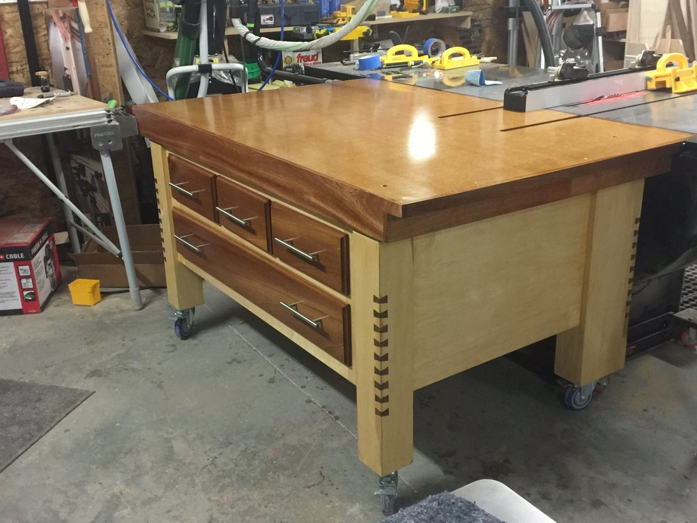 Check out Ryan Hamilton's recently completed version of the sawstop Outfeed table project... Absolutely beautiful!