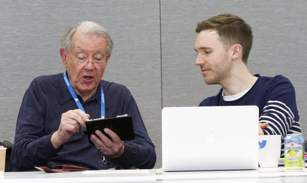 John learns how to use iPad at Twitter HQ