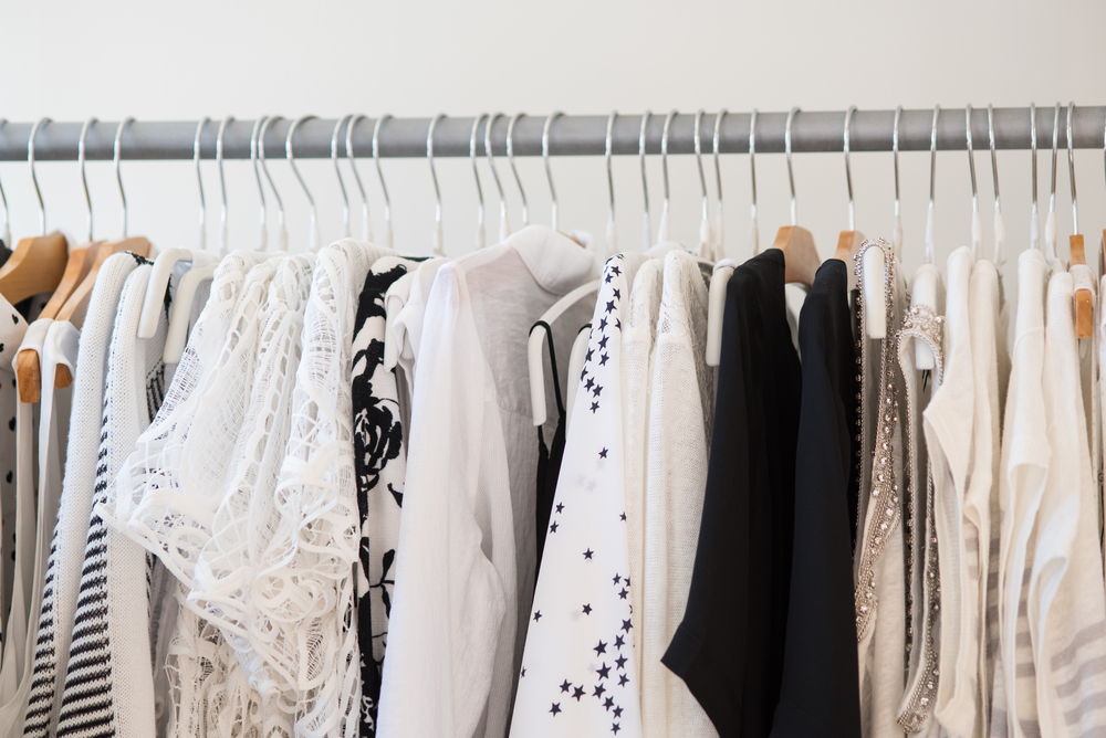 With Pretty Things Styling services we are here to send you pieces we think would fit beautifully in your closet. Fill out this form below to help us help style you pretty!