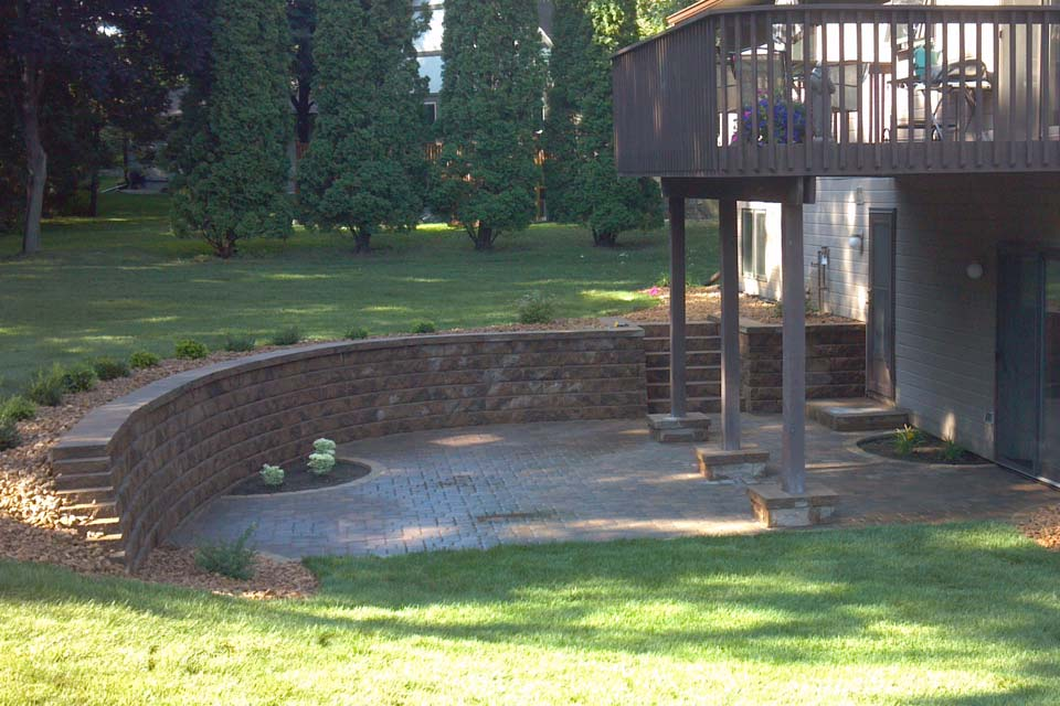 Groundworks landscaping and hardscaping mn for Walkout basement patio