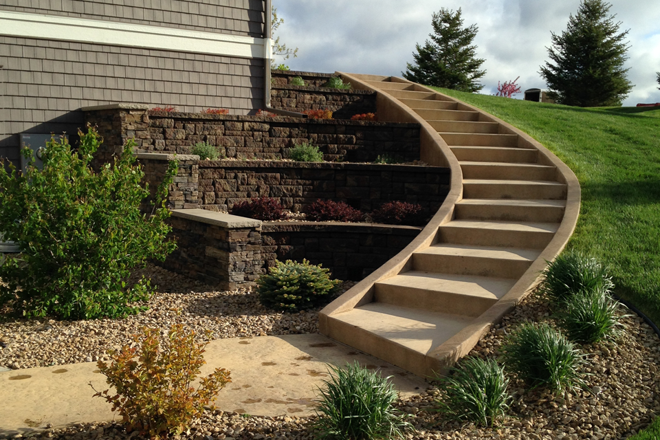 Terraced Retaining Wall-Hastings, MN