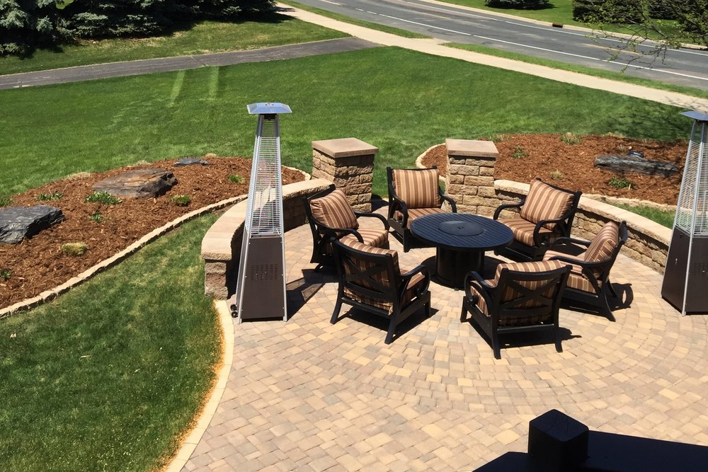 Paver Patio with Freestanding Walls and Pillars