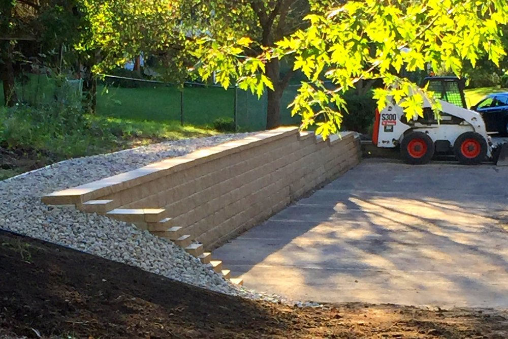 Retaining walls for commercial parking lots