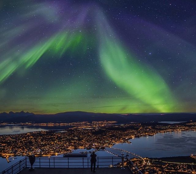 Want to visit Tromsø? Apply today to CPR 2018: Dimming the Northern Lights to get a chance to meet this unique place and its outstanding art scene! Deadline Feb 15 #tromsø #norway #faroeislands #torshavn #finland #helsinki #hyrynsalmi #iceland #reykjavik #sweden #luleå #boden #curatorialprogram #curatorialproject #curatorialresidency #cpr2018 #cprlights #apply #application #deadline #opencall #northernlights #summer #nordicsummer #contemporaryart #curator #curatoriallife #sami #samipeople #northernnorway
