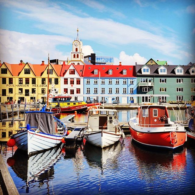 Have you ever wondered what Tórshavn 🇫🇴 looks like in the summer? Apply today to visit this remote city in the Faroe Islands with CPR 2018: Dimming the Northern Lights. Deadline Feb 15. #torshavn #faroeislands #tromsø #norway #reykjavik #iceland #helsinki #hyrynsalmi #finland #luleå #boden #sweden #curatorialprogram #curatorialproject #curatorialresidency #cpr2018 #cprlights #apply #opencall #application #deadline #northernlights #summer #nordicsummer #contemporaryart #curator #curatoriallife