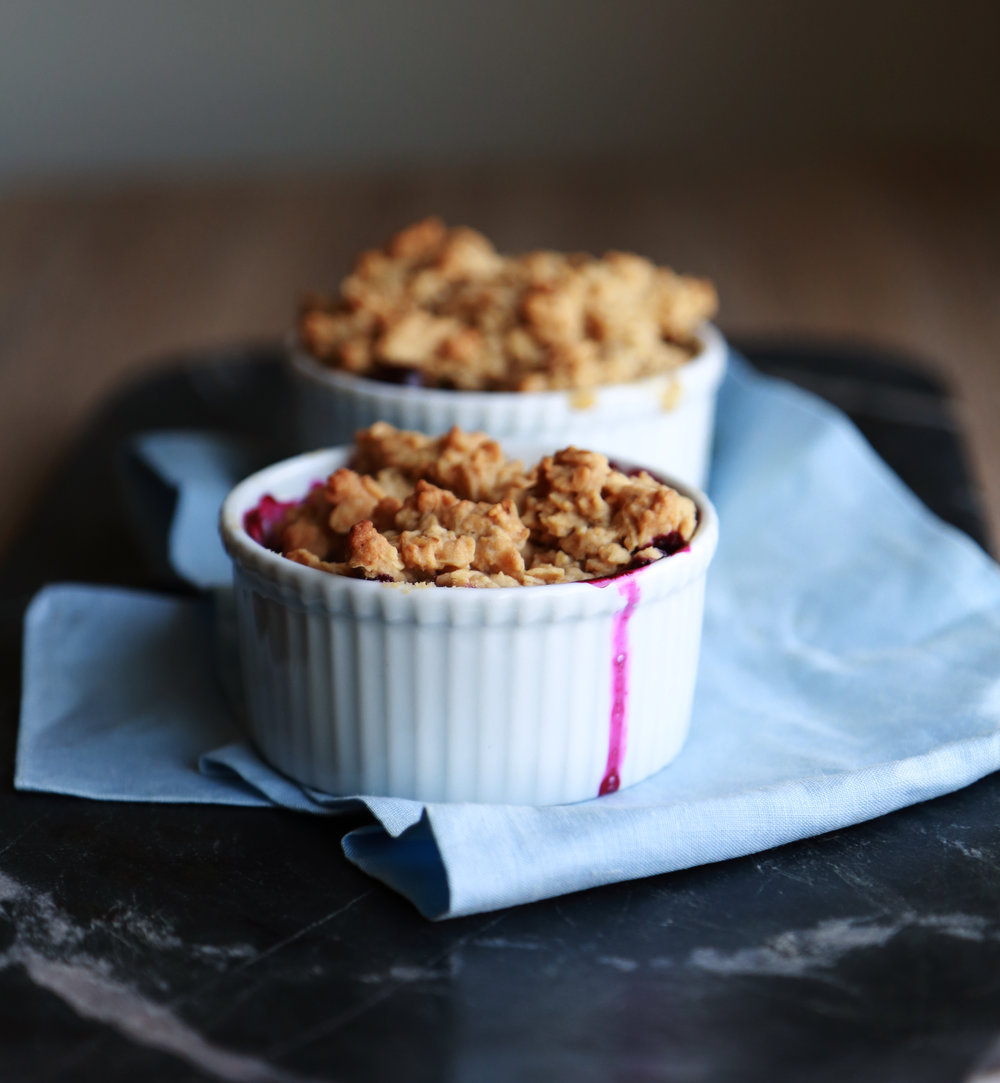 frontpaige_blueberry_crumble_06.JPG