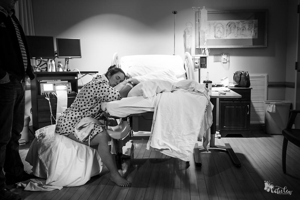 resting between contractions