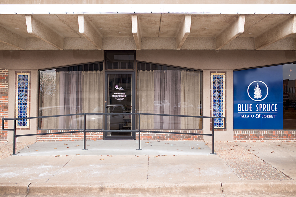 An outside look at the newborn studio in downtown stillwater