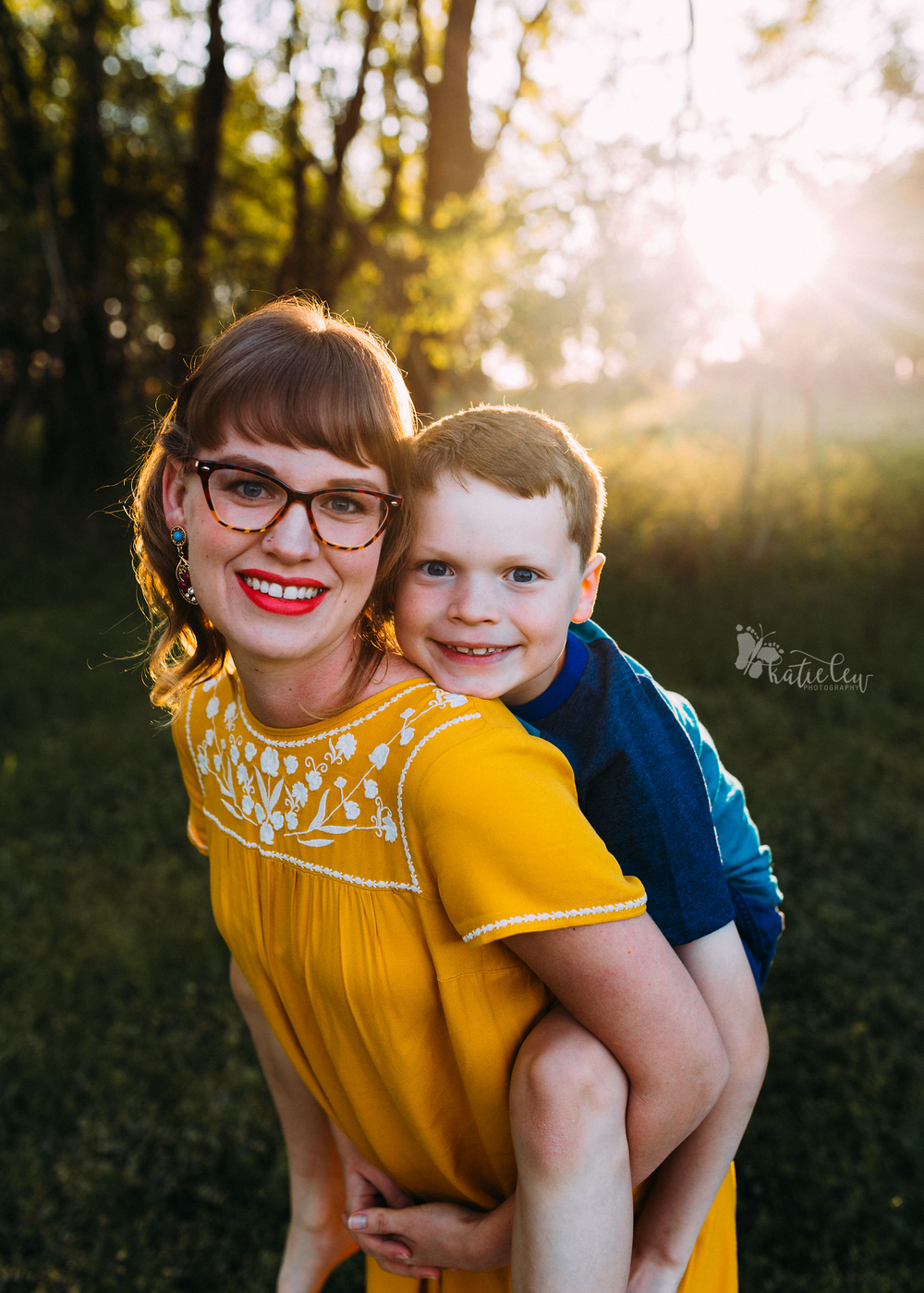 Motherhood Sessions Stillwater, Oklahoma Family Photographer2 (2).png