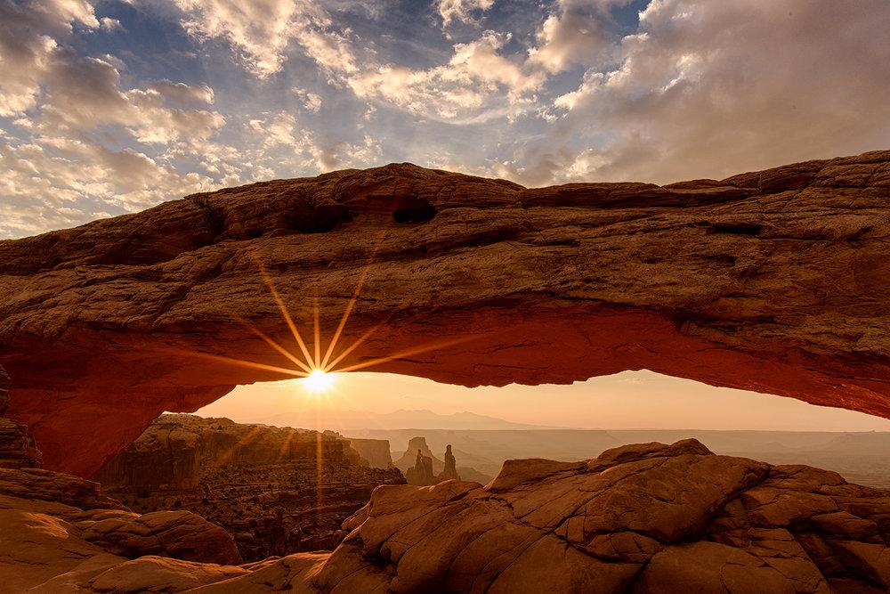 Mesa_Arch_01.jpg