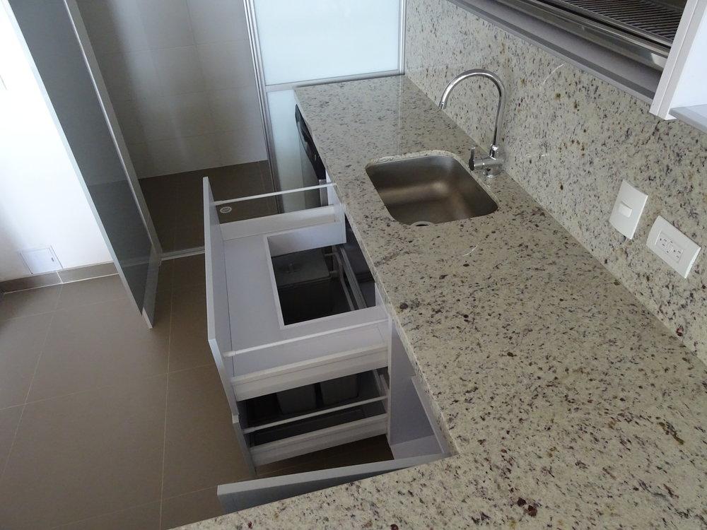 trazo spazio cocinas integrales.JPG