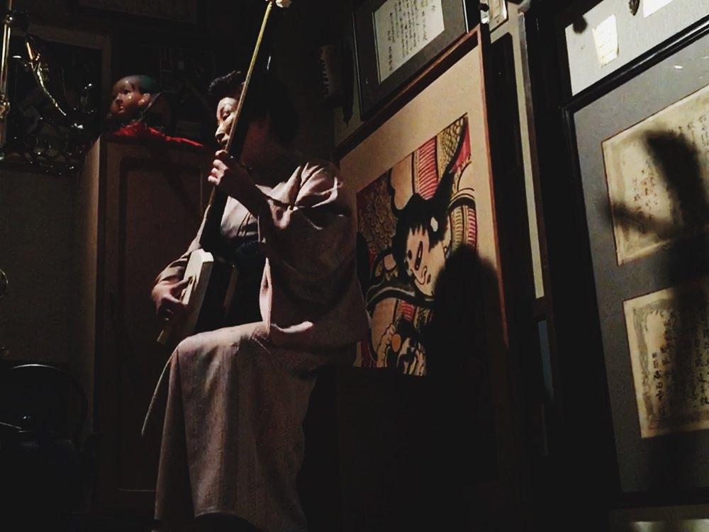 One of the last living students of the legendary shamisen master Takahashi Chikuzan