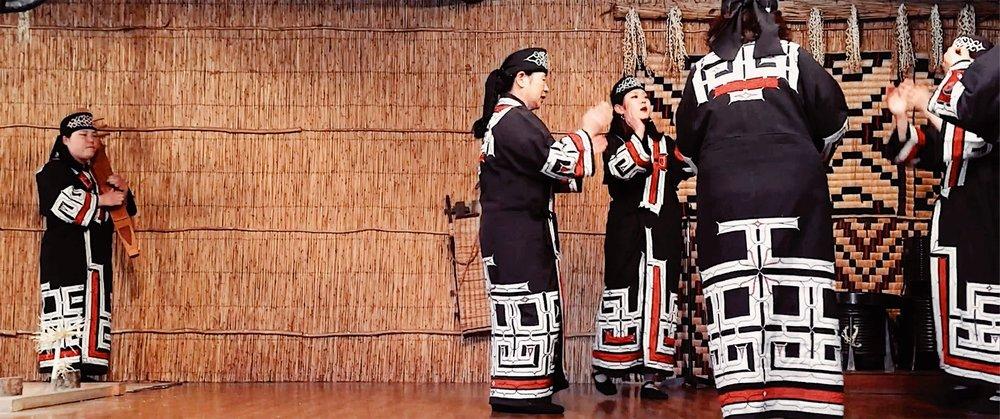 Ainu Museum of Shiraoi. Performers sang, danced, and played tonkori and mukkuri.