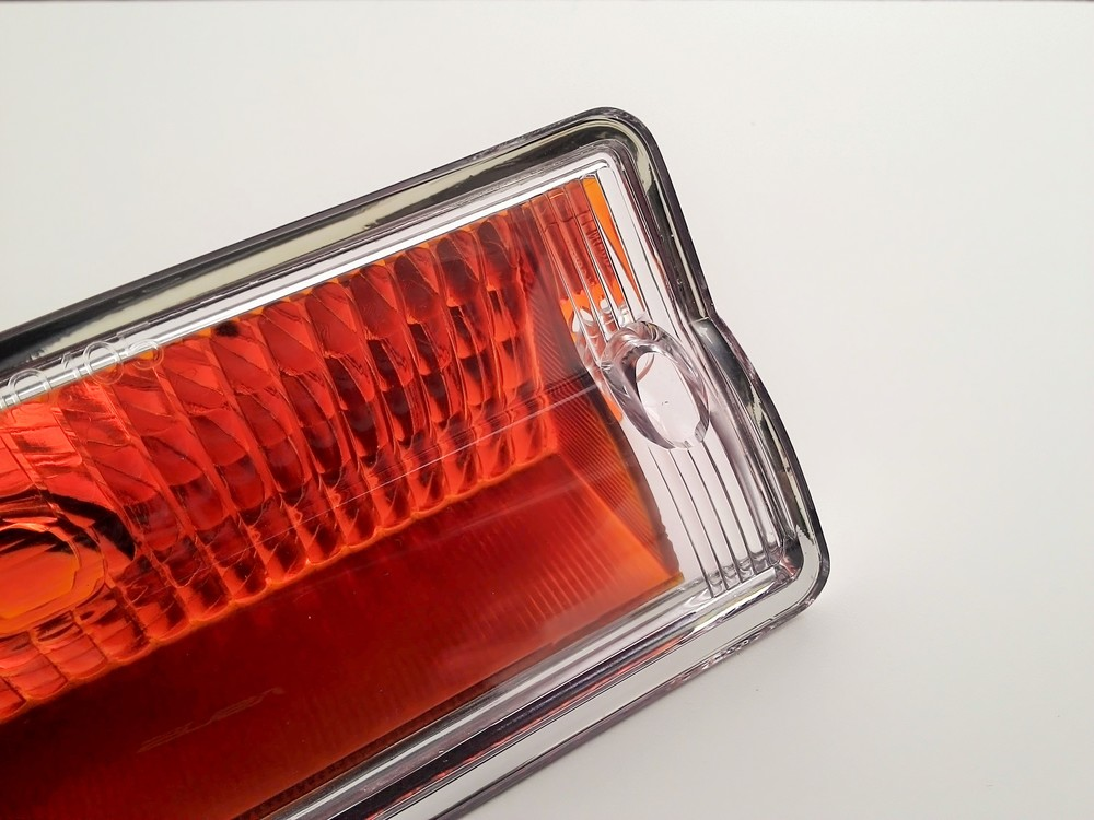 Jeep-wagoneer-gladiator-parking-light-clearl-lens-cover-view-1