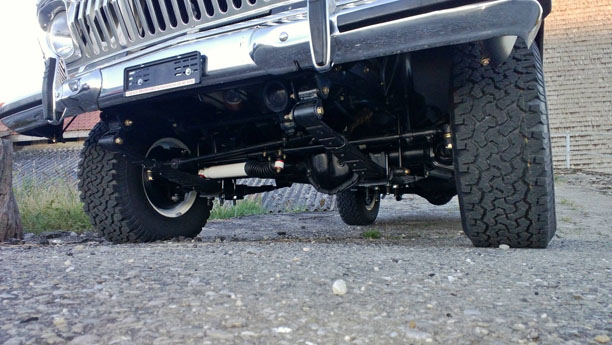 jeep-cherokee-chief-frames-06.jpg