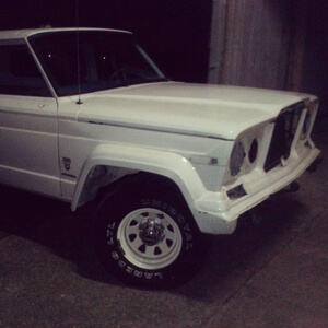 jeep-cherokee-chief-body-paint.jpg
