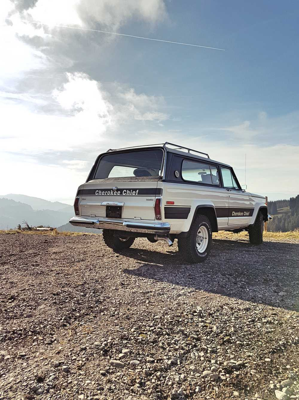 jeep-cherokee-chief-1978-shooting-moleson-26