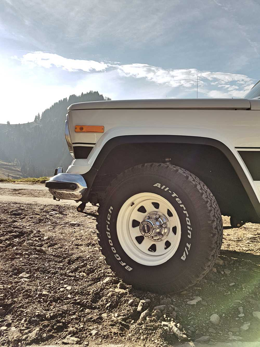 jeep-cherokee-chief-1978-shooting-moleson-55