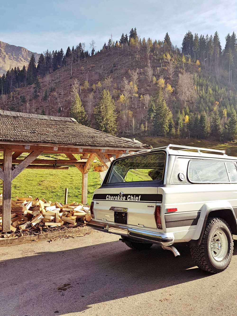 jeep-cherokee-chief-1978-shooting-moleson-65