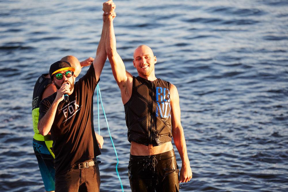 Aqua-bat_wakeboarders-minocqua-071715_214.jpg