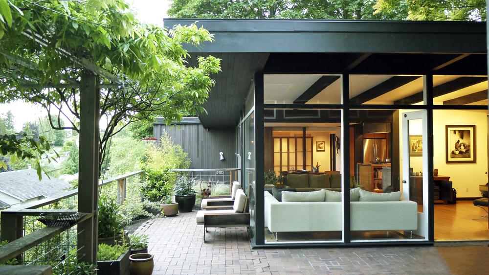 Laurelhurst Modern