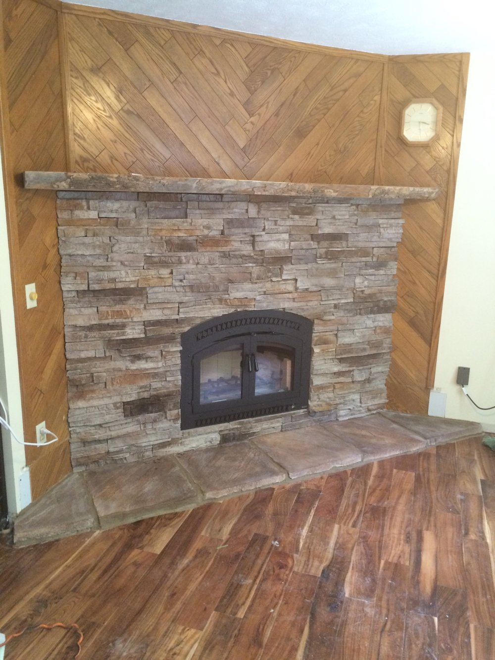 Elite 36 with storm and custom mantel.JPG