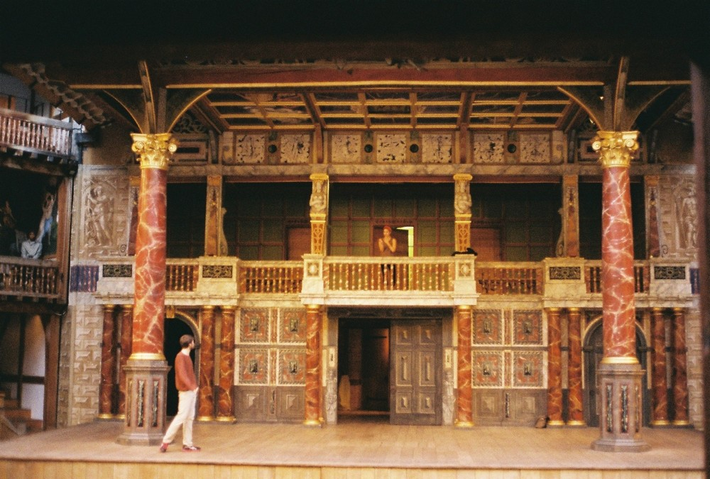 Romeo And Juliet Balcony Scene Essay