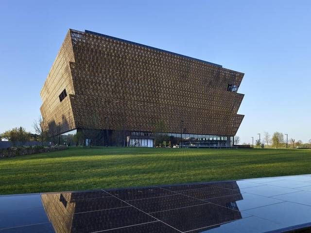 DC: Smithsonian for African American Culture Opening