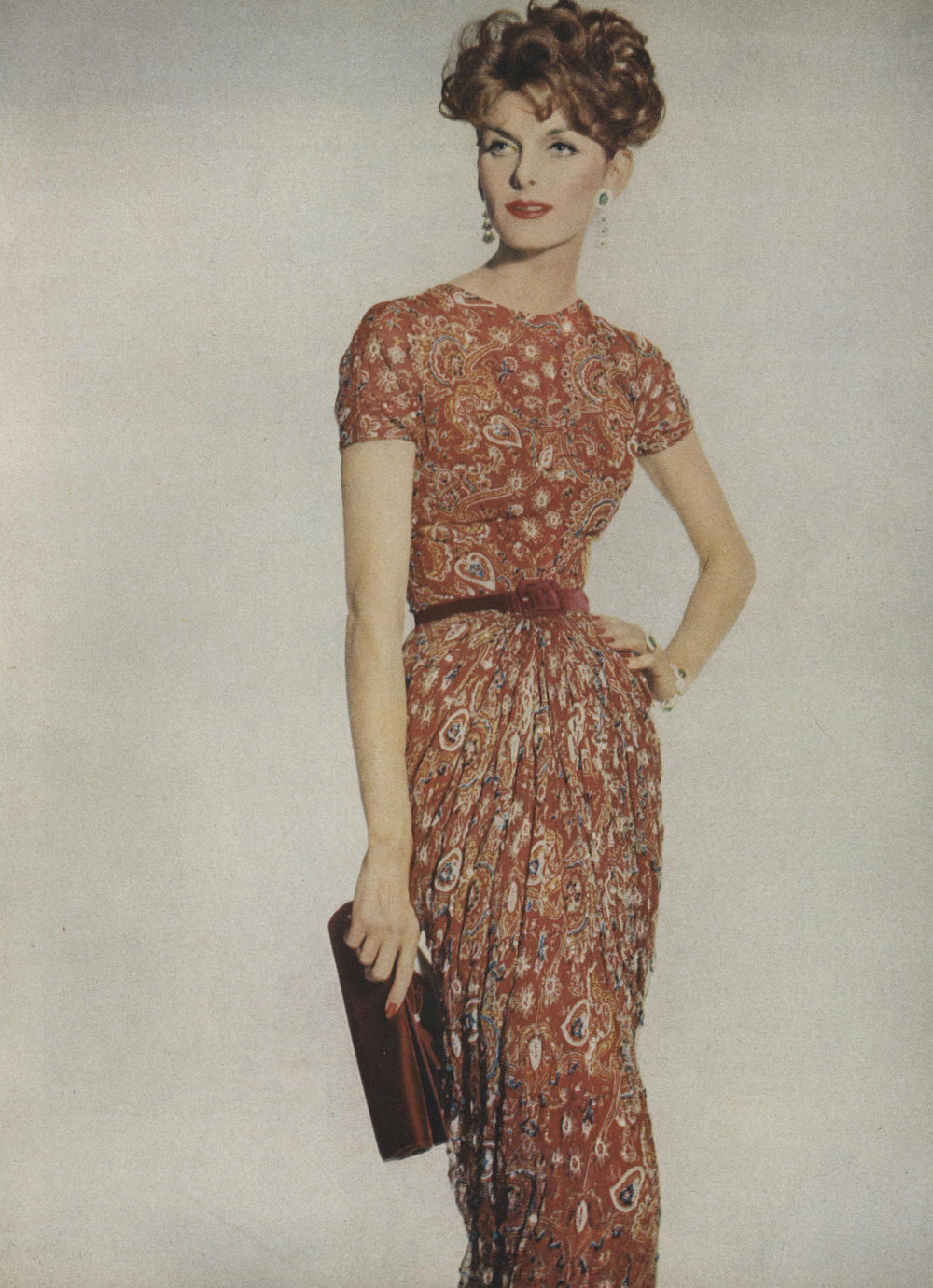 Paisley chiffon encrusted with bead embroidery and gilt thread on a deceptively simple dinner dress. Photographed by Irving Penn for Vogue, October 1967.