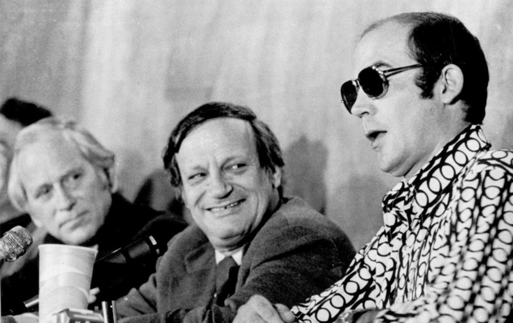 Hunter S. Thompson, right, speaks at a panel discussion in New Haven, Connecticut, on December 7, 1972.  (AP Photo)