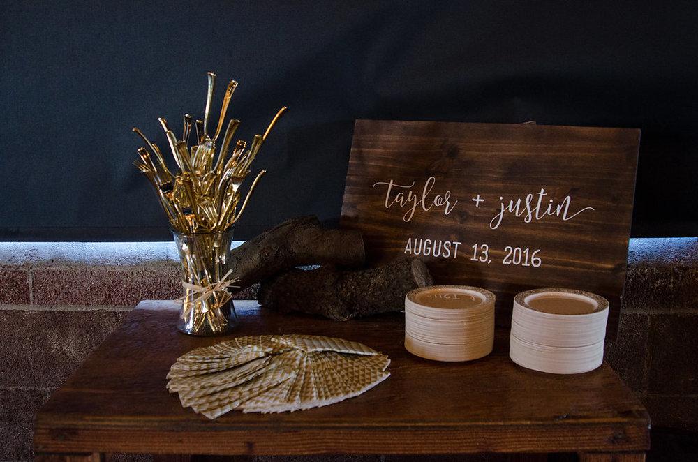 justin-taylor-wedding-wooden-sign-sheryl-bale-photography.jpg.jpg