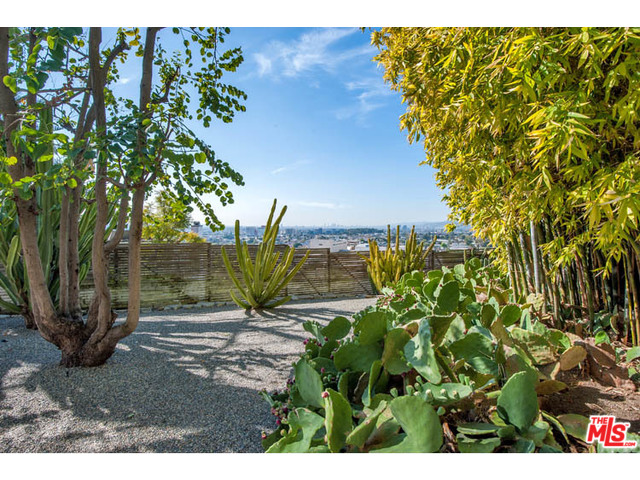 3869 Franklin Ave  1,575,000