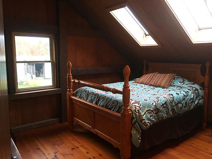 Bed 1 copy.jpg