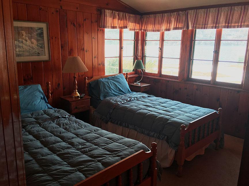 Bed 2 copy.jpg