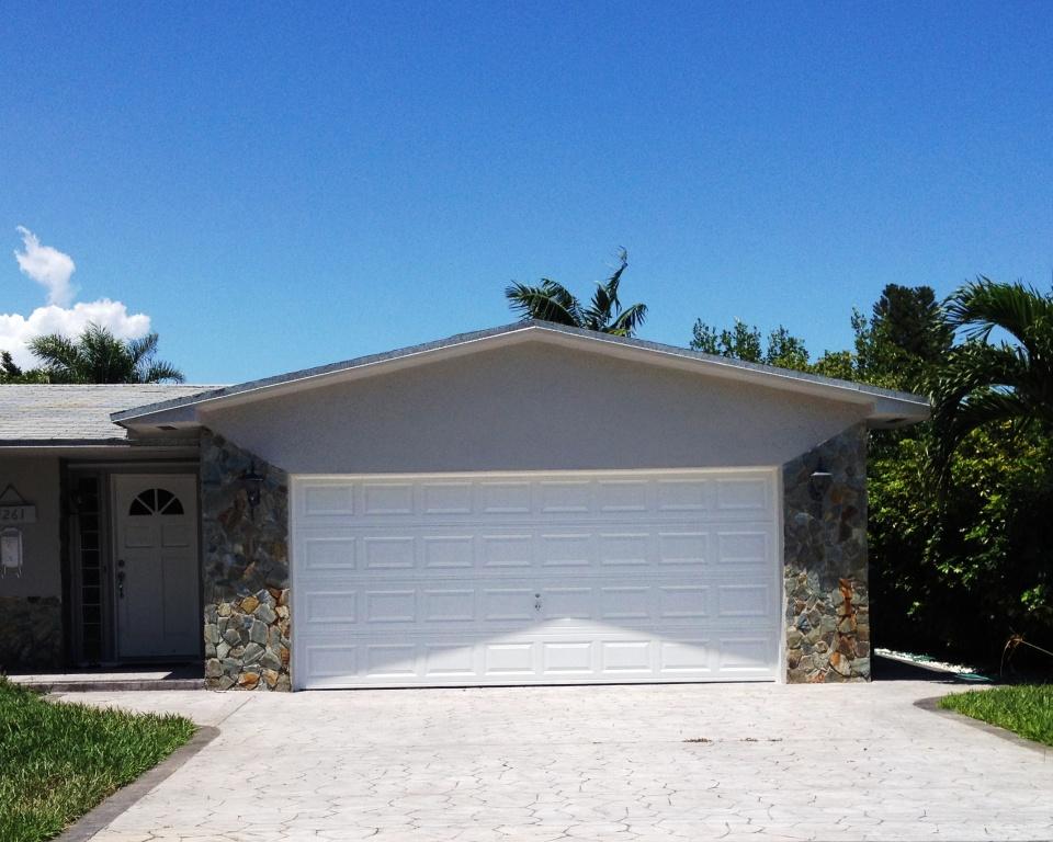 Hurricane Impact Garage Doors In Florida From Js Construction 2 Llc