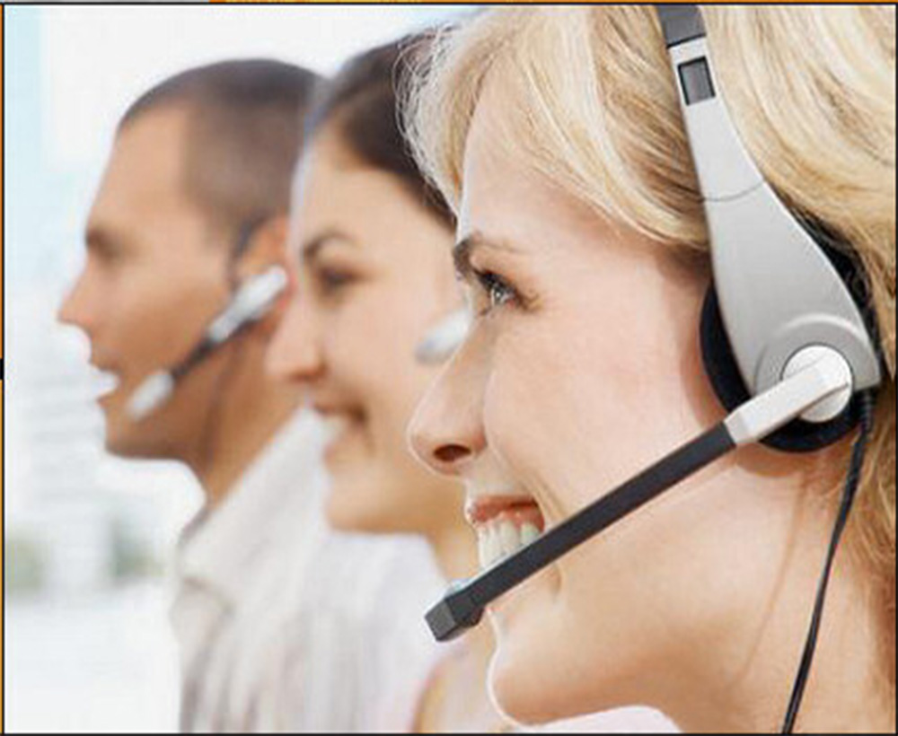 El monitoreo de llamadas puede ser de entrantes y salientes, de los servicios que determine la Organización, ventas, servicios, cobranzas, etc.      Apunta a:      Brindarles un diagnóstico y una orientación, sobre cuáles son los elementos mejorables, de acuerdo a los objetivos de excelencia que se hayan fijado para el área, tanto a nivel de la técnica de atención, como a los procesos involucrados.    Formará también parte de los objetivos, sugerirles un   Sistema de Escuchas Profesional   , confeccionado a medida de cada servicio, con el seguimiento de pautas concretas, pre-establecidas y medibles, que se transforme en códigos comunes para la Organización.        Esta pauta permitirá a su vez, realizar un control objetivo sobre el desempeño del supervisor en éste punto.    Por otro lado el incorporar los conocimientos teóricos no basta, es necesario trabajar sobre la práctica, dado que muchas veces sabemos lo que queremos lograr, conocemos la técnica, pero no logramos aplicarla con éxito.     Es aquí donde el monitoreo y la corrección continua de los errores de aplicación completan la formación teórica y el trabajo profesional que asegura la excelencia.