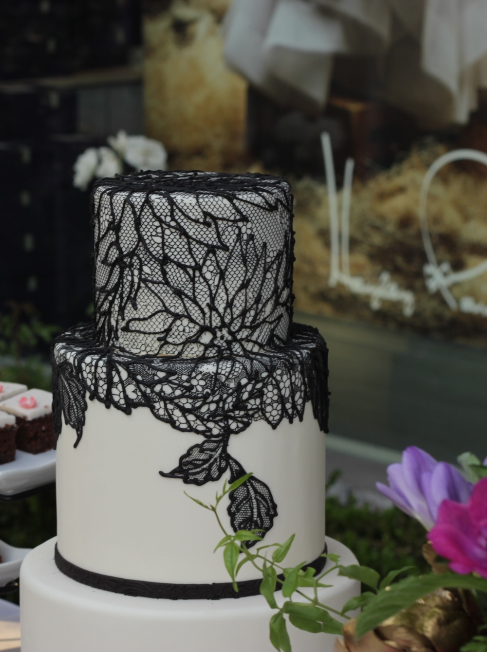 lace cake.jpg