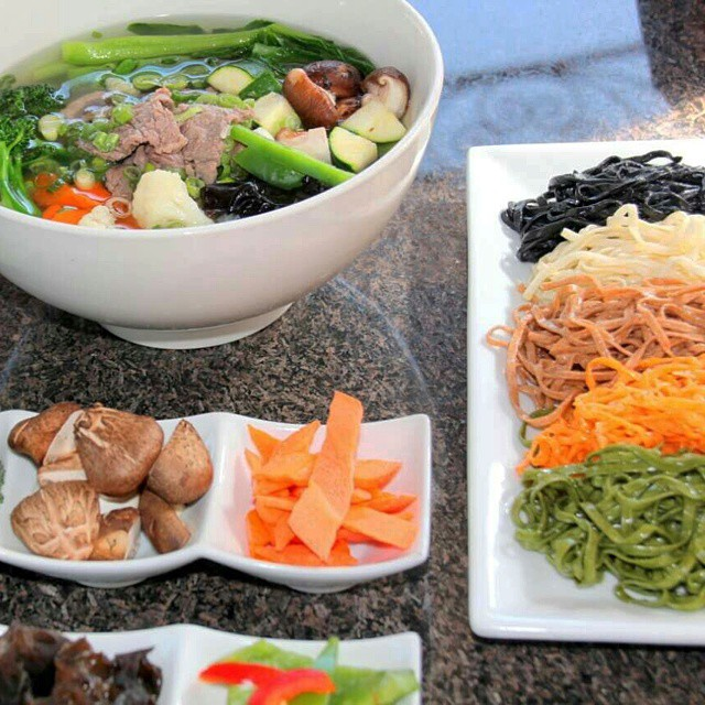 Farm #Organic #Cuisine dishes are created by a nutritionist, herbalist, and physician to offer #fresh and #natural foods. Our unique menu offers dishes that are both familiar and innovative! #chinesefood #montereypark #healthy #veggies #fruits #noodles
